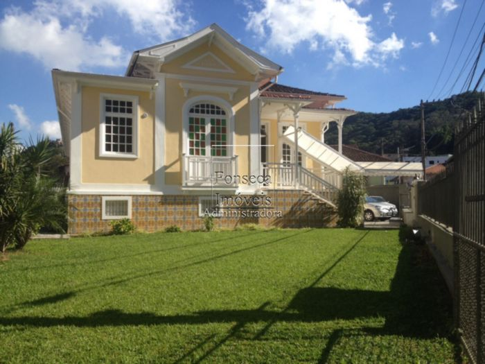 Casa Comercial Valpara�so Petr�polis
