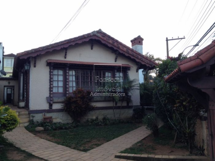 Casa Valpara�so Petr�polis