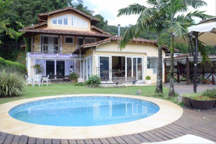 Casa Castelanea Petr�polis
