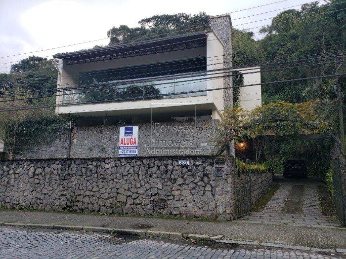 Casa comercial em Centro, Petrópolis (2095)