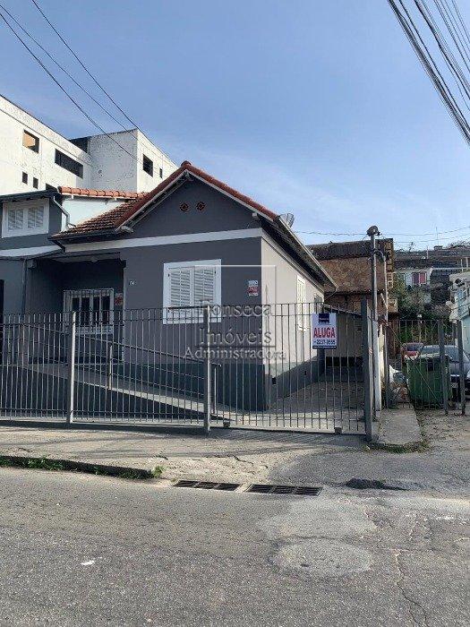 Casa comercial em Valparaíso, Petrópolis (210)