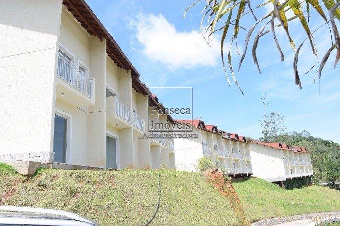 Casa em Condominio Duarte Silveira Petr�polis
