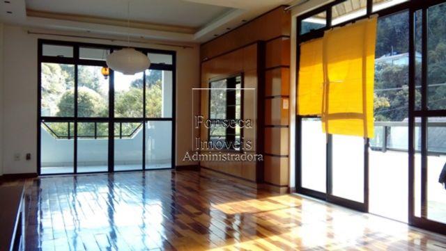 Apartamento Castelanea Petr�polis