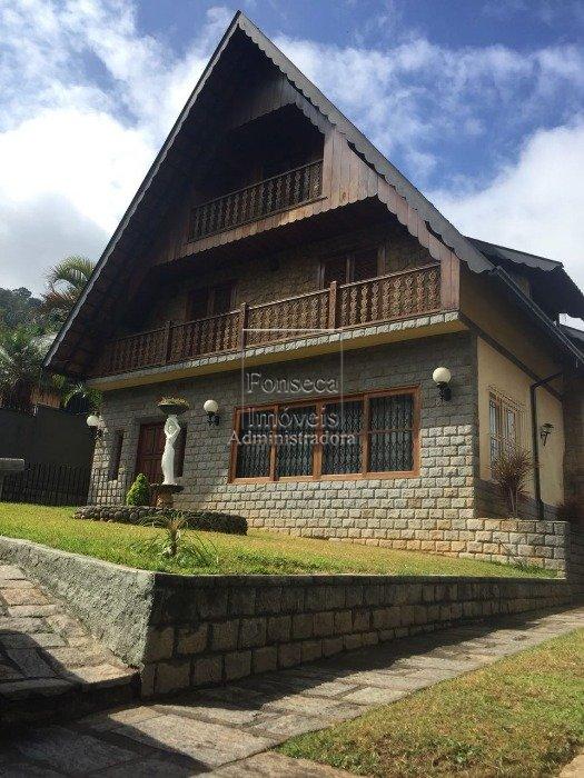 Casa em Mosela, Petrópolis (3562)