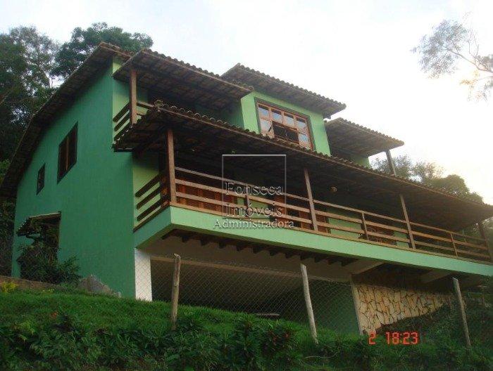 Casa Araras Petr�polis
